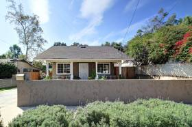 We just sold this 1911 Eagle Rock bungalow for $673,000!