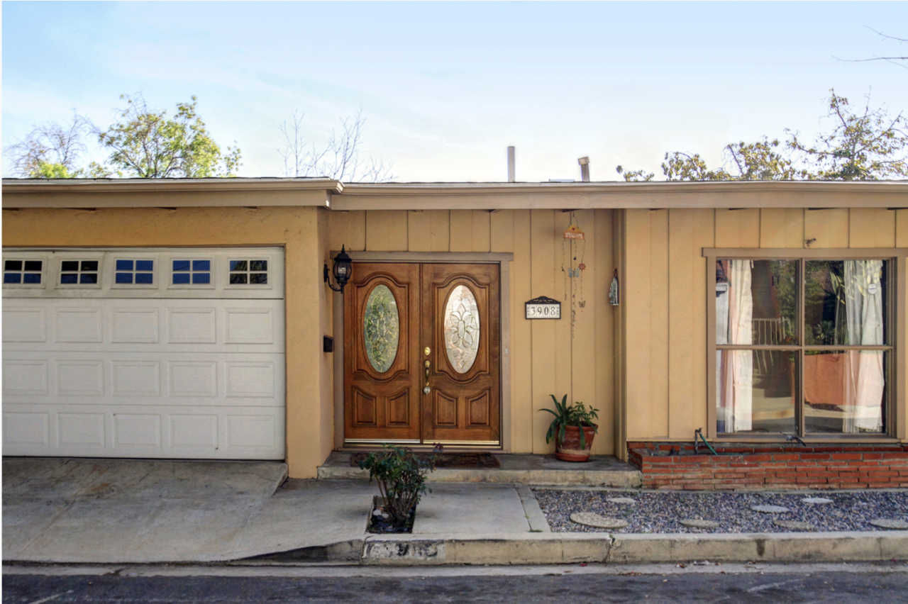 Mid-Century home for lease in Glassell Park