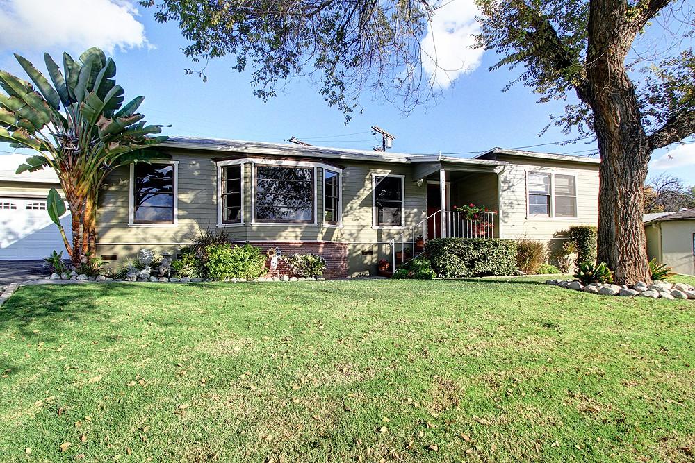 Cul-de-sac Ranch Home at 5216 Upton Ct
