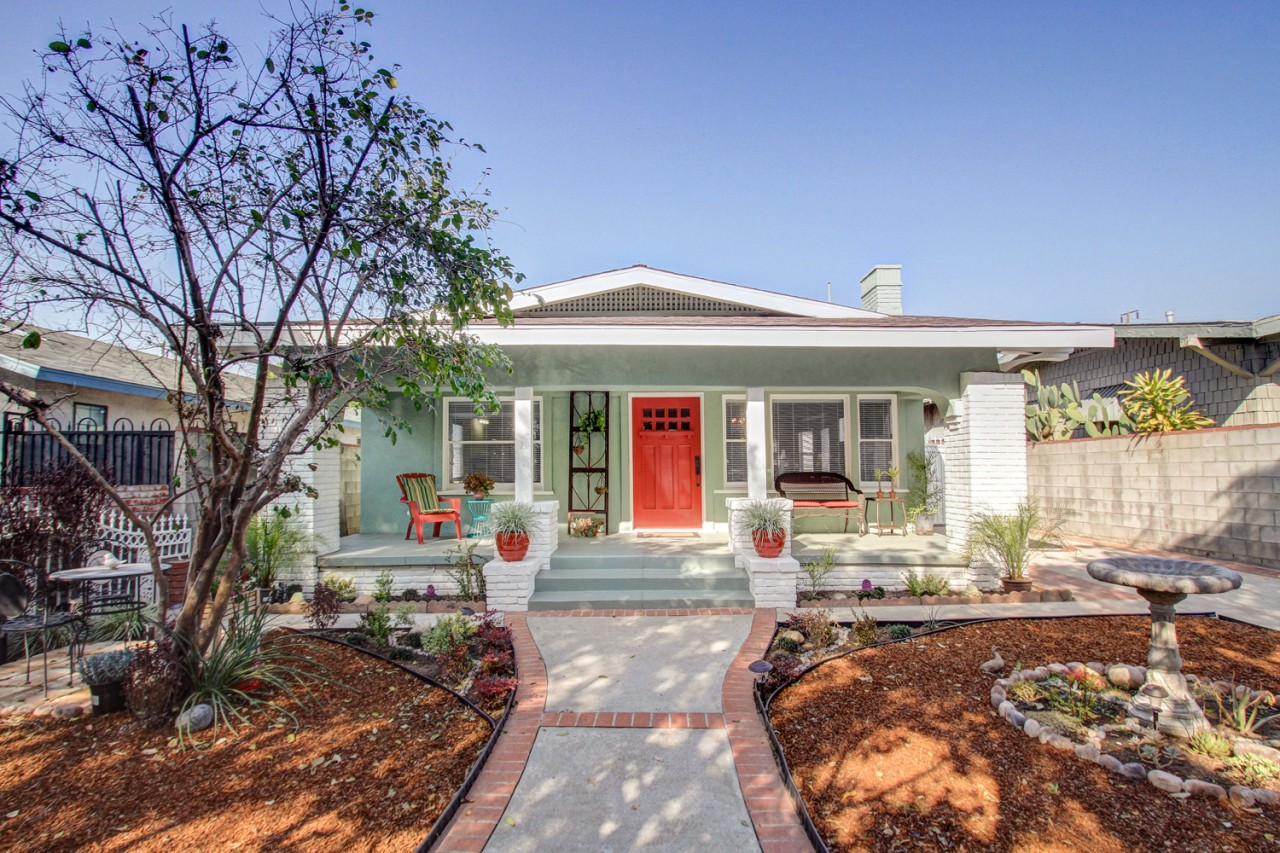 Offers are due on Monday for this adorable Eagle Rock bungalow!