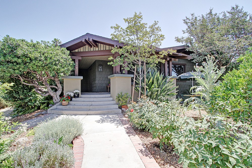 1915 Craftsman Home at 5182 Hartwick Street