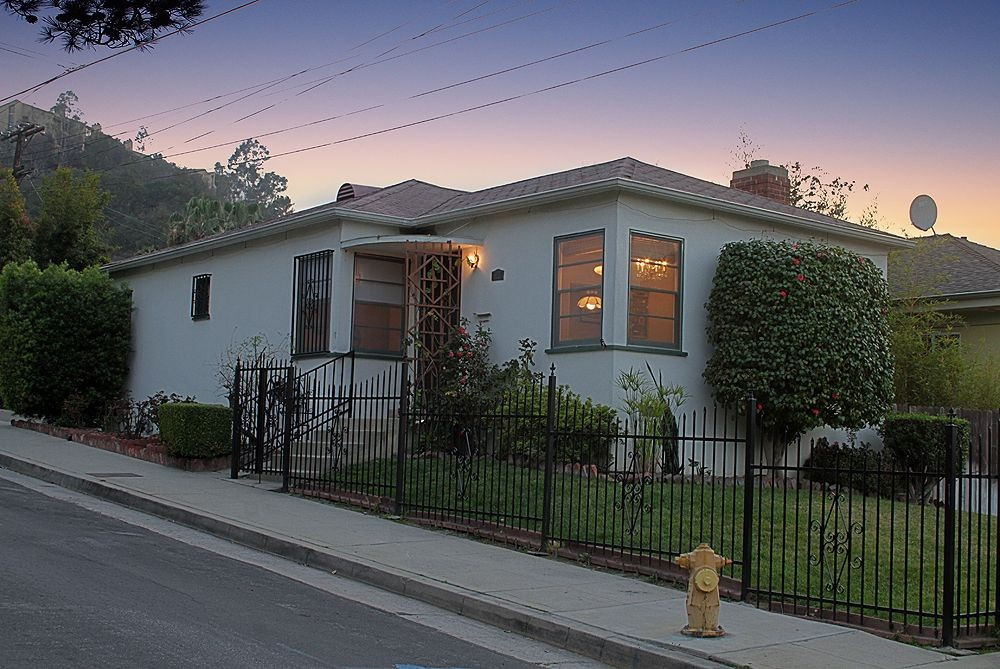 Vintage Traditional at 574 Kendall Avenue