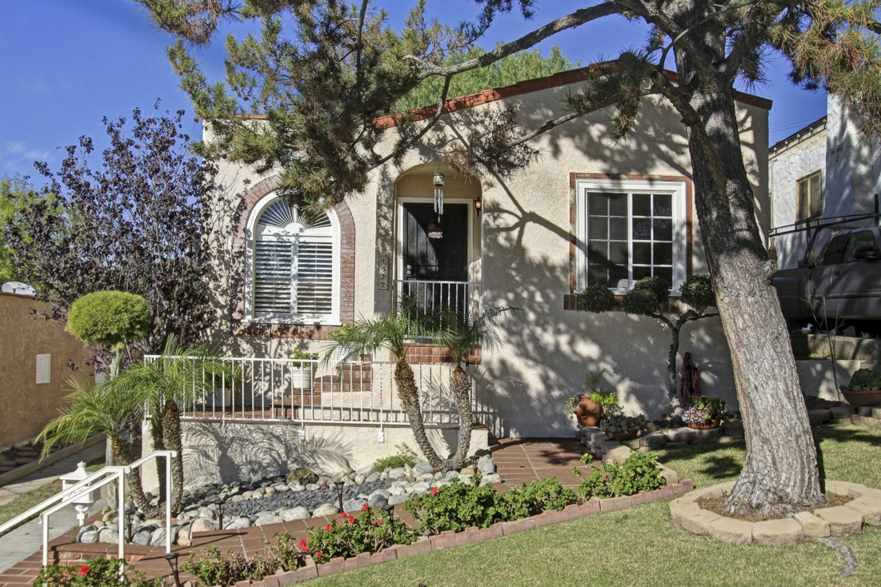 New Spanish Beauty for sale in Eagle Rock: 1527 Linda Rosa