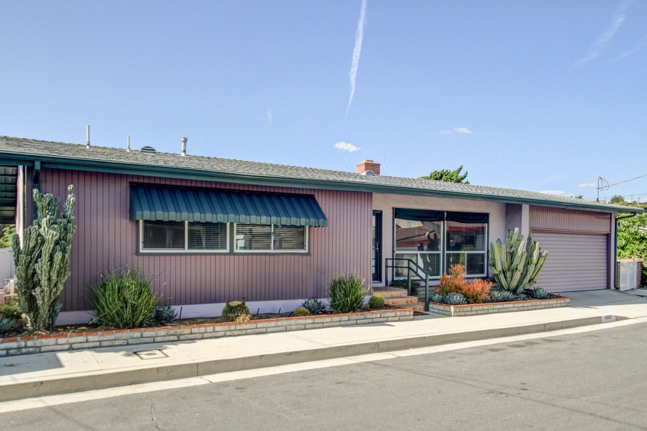 Glassell Park Mid-Century Home with Incredible Views Listed for $729,000